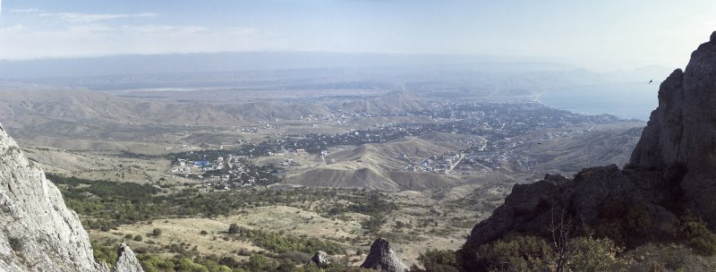Вид с горы Сюрю-Кая